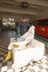 Vorbereitung eines Desinfektionsbads