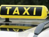 Dachzeichen eines Taxis