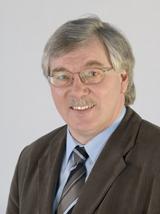 Portrait von Helmut Lückingsmeier, Leiter des Kataster- und Vermessungsamtes